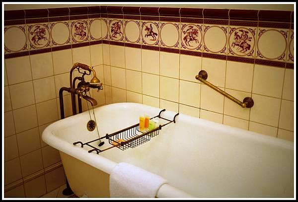 大勒皇宮浴缸