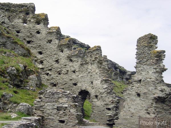 Castle Tinatgel