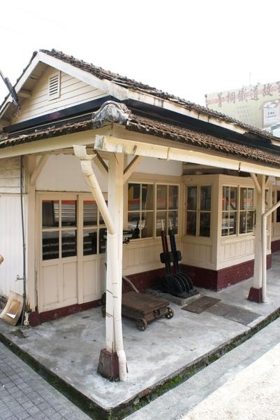 僅存的三條隻線火車-菁桐車站