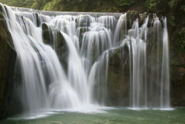 台灣的第一瀑布!
