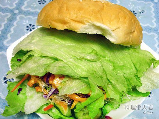Bor20110722_五色蔬沙拉大爆炸漢堡飽_550.jpg
