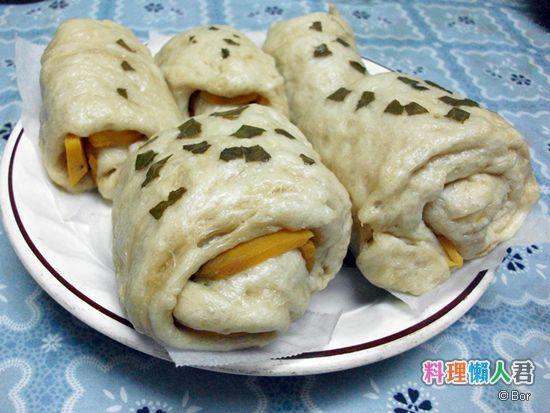 Bor20120906_香椿地瓜饅頭_550