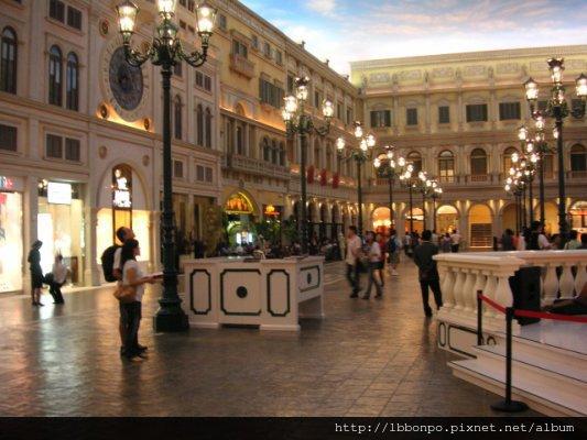 商店街街景(真的很美,而且永達不會天黑,哈)