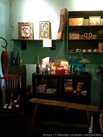 台南窄門咖啡館