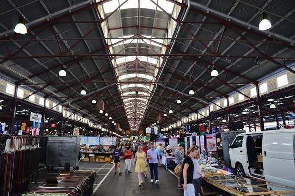 Melbourne_QueenVictoriaMarket2.jpg