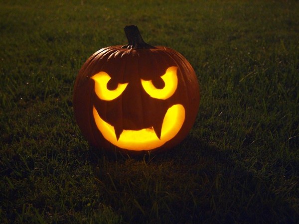 Make-a-Halloween-Pumpkin-Step-9.jpg