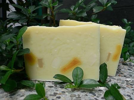 橙花橄欖保濕皂.JPG