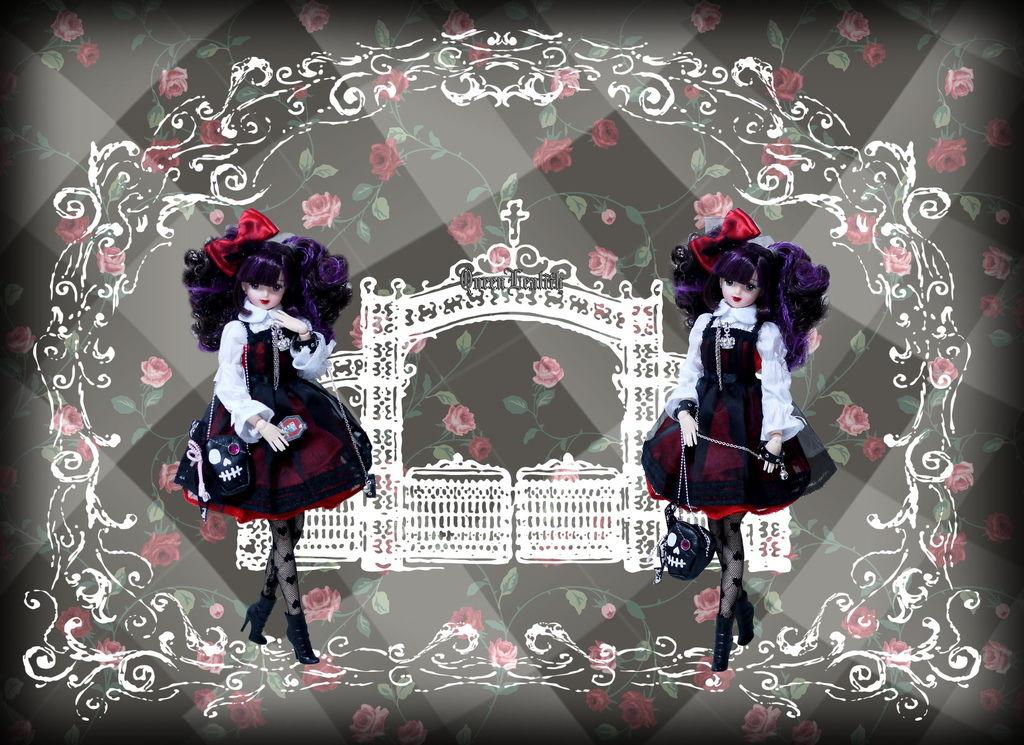P1760504 Black Heart Juliana Total 1-2.jpg