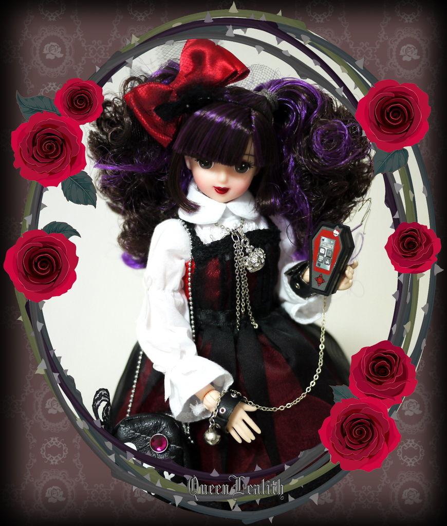 P1760564 Black Heart Juliana Close3-3.jpg