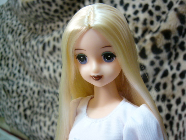 Doll 0812 005.jpg