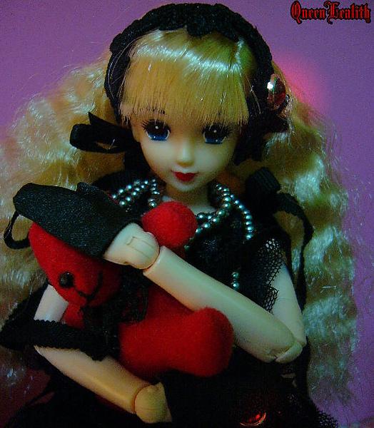 黑巫女 001.jpg