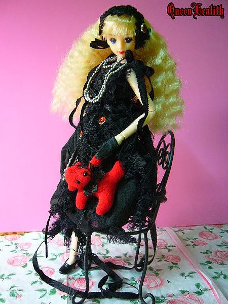 黑巫女 004.jpg