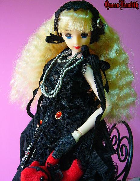 黑巫女 005.jpg