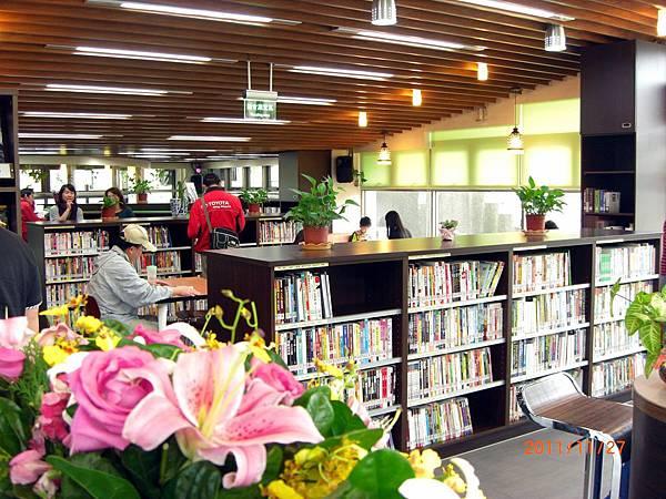 民國100.11.27新北市立圖書館樹林樂山閱覽室 (5).JPG