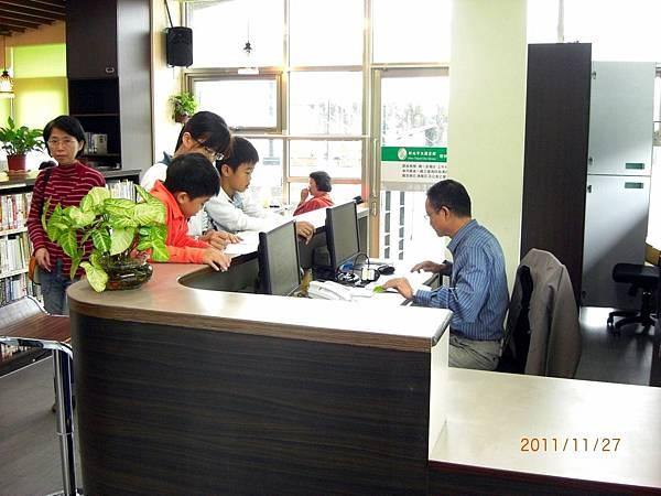 民國100.11.27新北市立圖書館樹林樂山閱覽室 (6).JPG