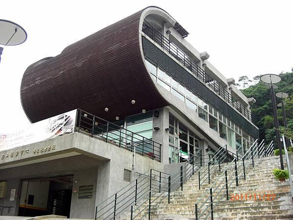 民國100.11.27新北市立圖書館樹林樂山閱覽室 (29).JPG