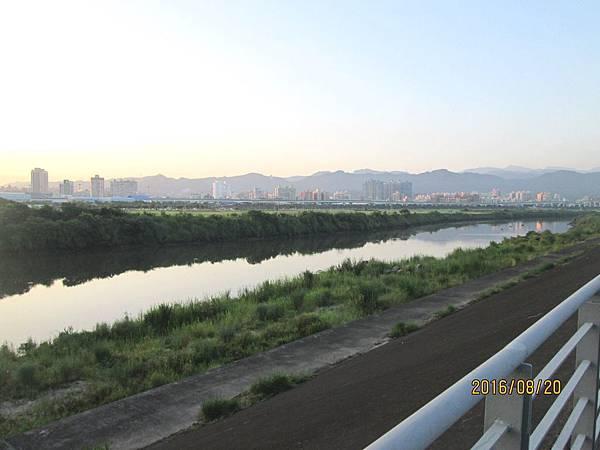 民國105.08.20大漢溪左岸自行車道板橋到樹林段 (4).jpg