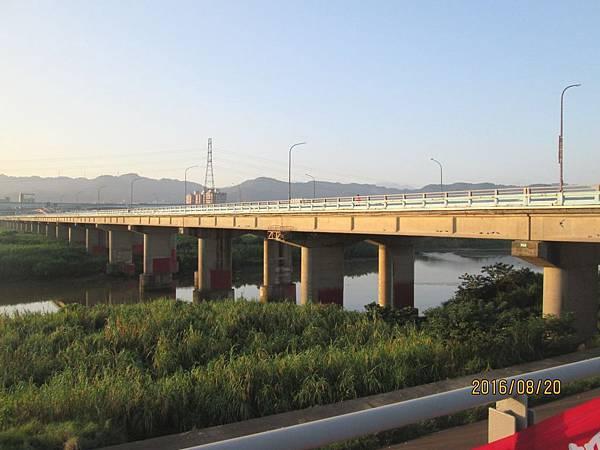 民國105.08.20大漢溪左岸自行車道板橋到樹林段 (15).jpg
