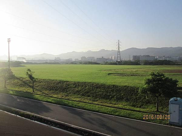 民國105.08.20大漢溪左岸自行車道板橋到樹林段 (37).jpg