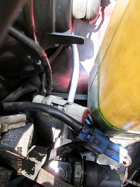 2017.08.19速霸陸金美滿冷氣機高壓中溫段從乾燥瓶到蒸發器段冷媒鋁管接頭螺帽斷裂更換 (8)