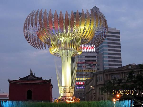 107.02.24台北燈節西門町 (4).jpg