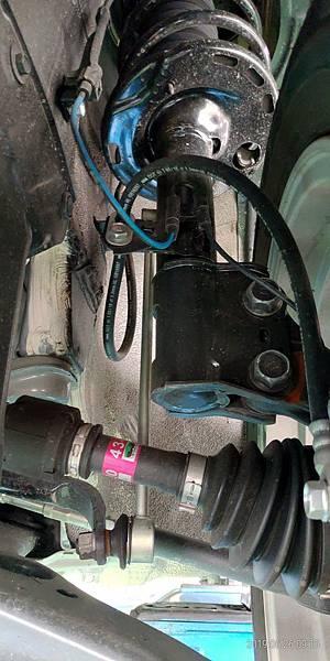 2018 Toyota Altis左前輪避震麥花臣懸吊系統 (16)