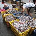 下午的南方澳漁港 漁船進港了