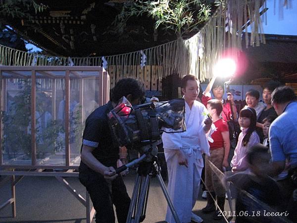 201106-- (7) 京都北野天滿宮 螢火蟲 採訪