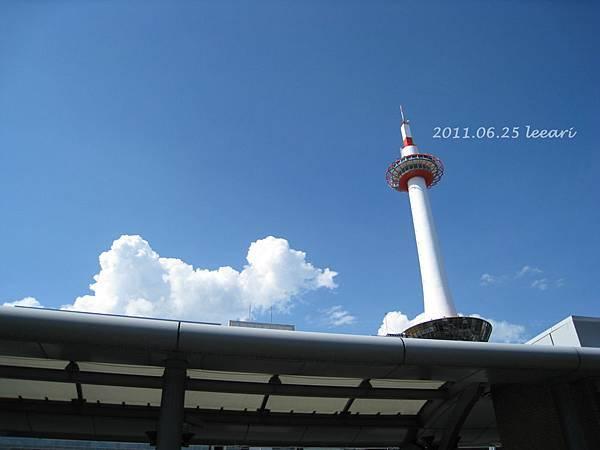 201106-- (10) 京都車站 京都塔
