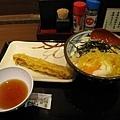 玉子烏龍麵+炸花枝--讃岐釜揚げうどん丸亀製麺 京都三条