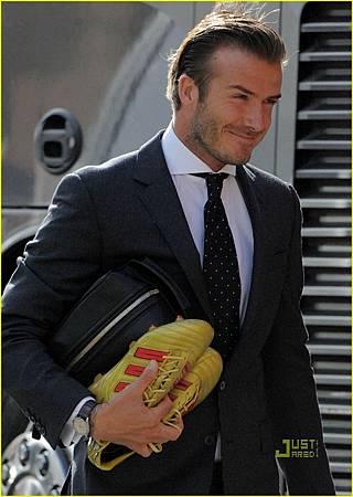 David-Beckham-at-Old-Trafford-Stadium-May-24-david-beckham-22335904-869-1222