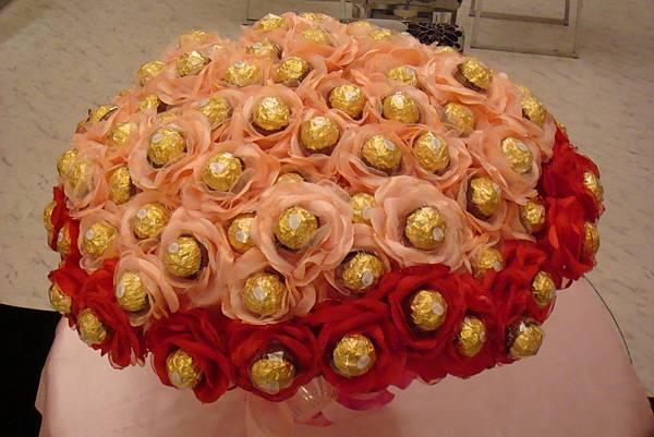玫瑰金莎花