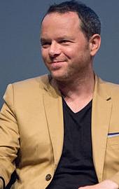 Noah Hawley.png