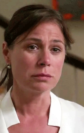 Maura Tierney.png