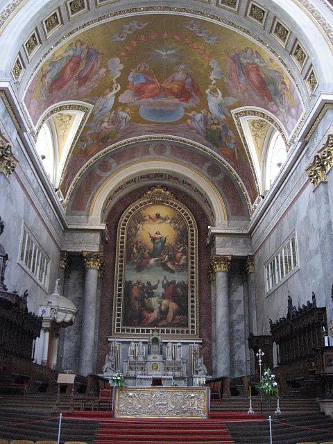巴西利卡大教堂內 1