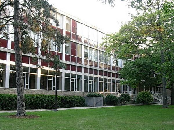 傳播學院大樓