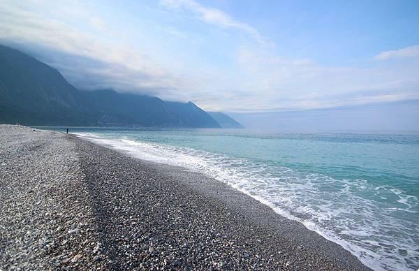 花蓮曼波海灘.jpg