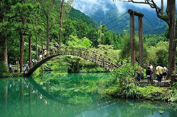 溪頭森林遊樂區.jpg