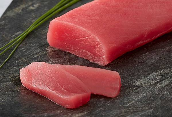 Yellowfin Tuna Saku - High Quality.jpg