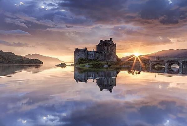 愛蓮·朵娜城堡1.jpg
