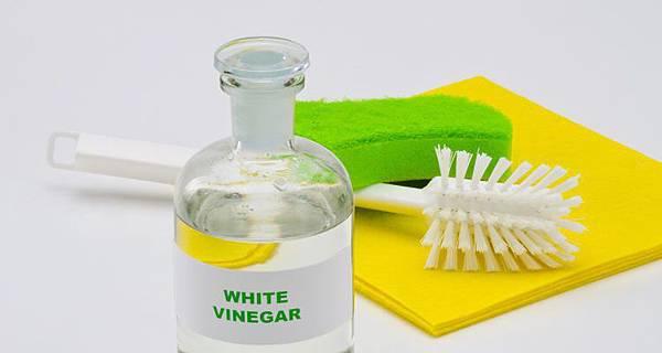 White-Vinegar-750x400.jpg