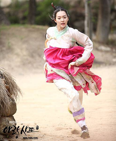 arang4to_photo120720155701imbcdrama0
