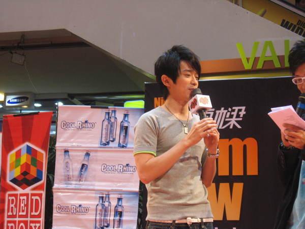 080302栋梁From Now On 演唱会签票会@Sungai Wang 125.jpg