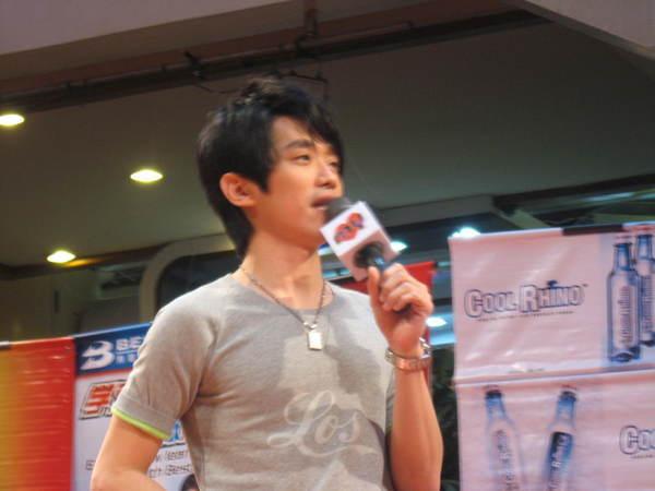 080302栋梁From Now On 演唱会签票会@Sungai Wang 210.jpg