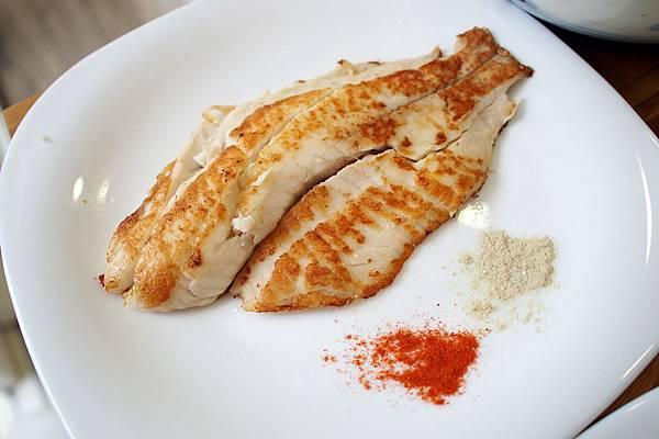 day012午餐-煎魚.JPG