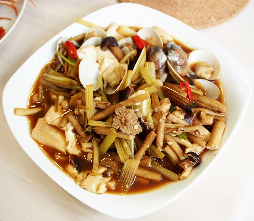 day035-午餐-紅燒蛤蜊嫩豆腐.JPG