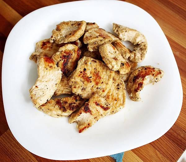 day044-午餐-乾煎咖哩雞胸肉.JPG