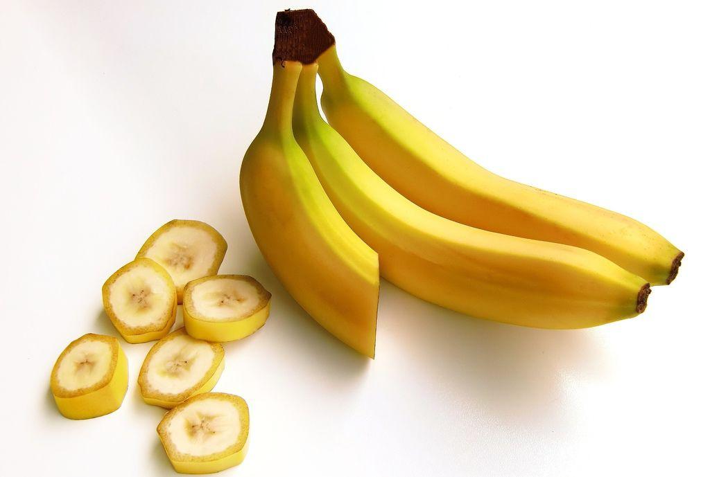 bananas-652497_1920.jpg