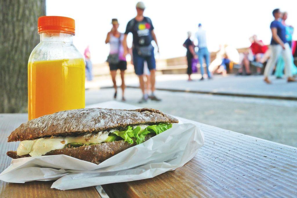 sandwich-833607_1920.jpg
