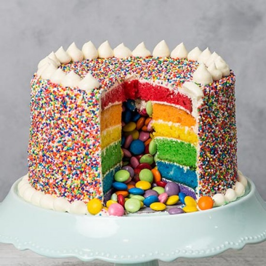 birthday-pinata-cake--inside.jpg